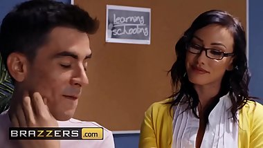 Big Tits at School - (Jennifer White, Jordi El Nino Polla) - Cumming To Class - Brazzers