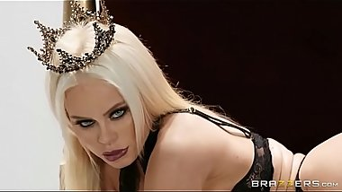 Brazzers - Nikki Delano Capture The Queen BigWetButts (FULL V&Iacute_DEO  http://cesinthi.com/2zSn