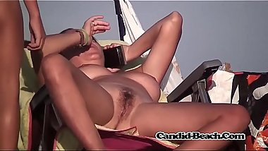 candid beach Milfs Hidden Cam Video voyeur 6