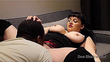 Devon Breeze Fem-Dom &amp_ Golden Shower