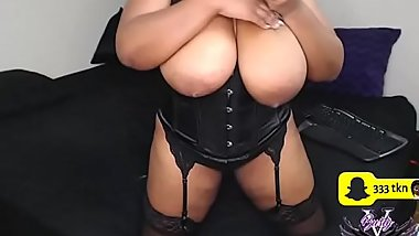 lady got realy huge tits and free sexchat page
