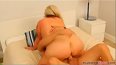 Busty BBW Plumper With Huge Ass Kendra Kox