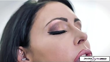 Jessica Jaymes and Alexa Nova Fingering, pussy eating and scissoring