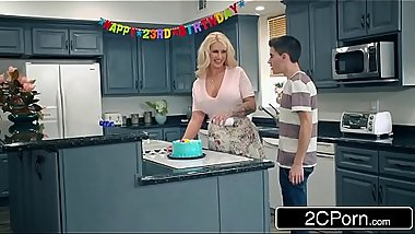 Curvy Cougar Ryan Conner Gang Banged By Her Son'_s Friends