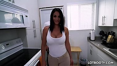 Fat booty and big tits latina milf Cristal Caraballo